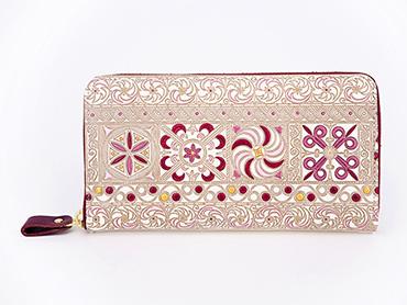 錦紗<ピンク>-ぐるっとファスナーの長財布
